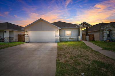 3233 Creek Side Dr, Corpus Christi, TX 78410