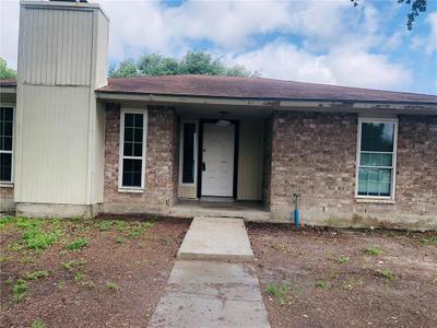5801 Crest Willow Dr, Corpus Christi, TX 78415