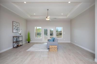 7301 Clapton Dr Image 2 of 15