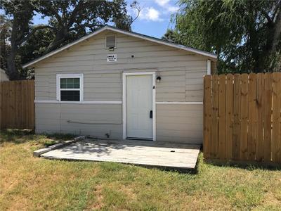 902 W Lakeside Dr #A, Corpus Christi, TX 78418