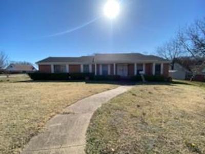 6821 Golf Hill Dr, Dallas, TX 75232