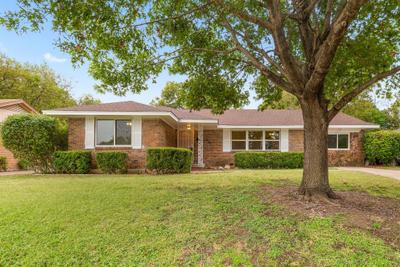 840 Oak Forest Dr, Dallas, TX 75232