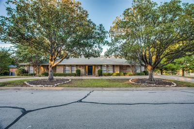 3825 Lands End St, Fort Worth, TX 76109