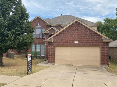 5884 Pearl Oyster Ln, Fort Worth, TX 76179