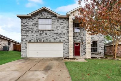 8409 Star Thistle Dr, Fort Worth, TX 76179