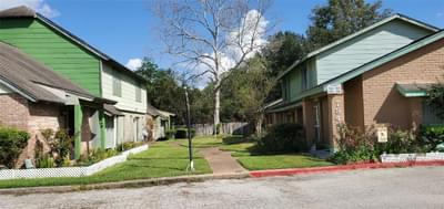 7839 Cook Rd, Houston, TX 77072