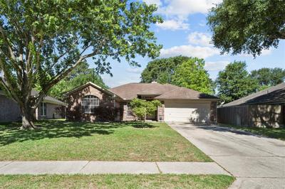 18715 Timbers Trace Dr, Humble, TX 77346