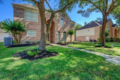 7615 Limber Bough Dr, Humble, TX 77346