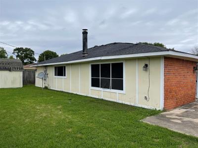 9922 Stonemont Rd, La Porte, TX 77571