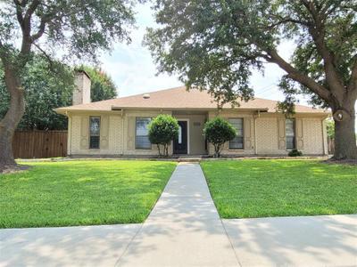 1026 Green Canyon Dr, Mesquite, TX 75150