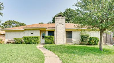 805 Brownfield Dr, Mesquite, TX 75150