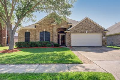 5411 Silver Oak Dr, Pasadena, TX 77505