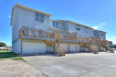 200 6th St #12, Port Aransas, TX 78373