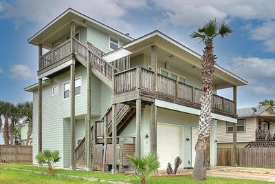 330 W Avenue A, Port Aransas, TX 78373