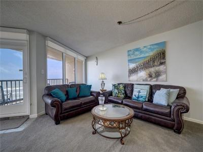 6649 Seacomber Dr #601 Image 4 of 40