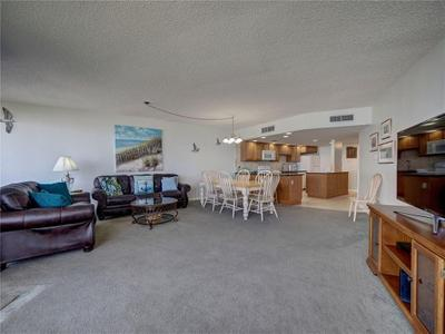 6649 Seacomber Dr #601 Image 6 of 40