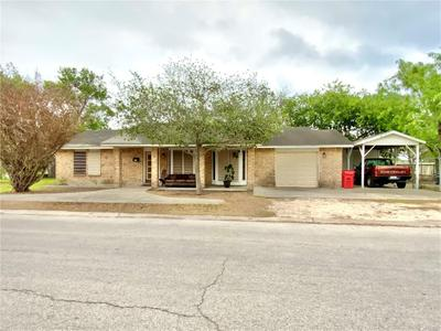 218 W Main Ave, Robstown, TX 78380