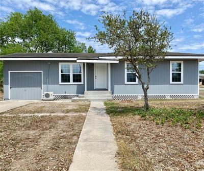 817 E Avenue B, Robstown, TX 78380