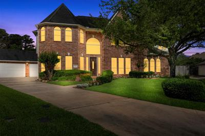17211 Silverthorne Ln, Spring, TX 77379