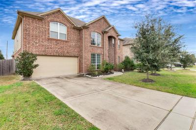 19230 St Winfred Dr, Spring, TX 77379