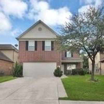22215 High Point Pines Dr, Spring, TX 77373