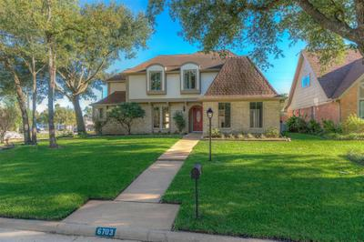 6703 Seaton Valley Dr Image 4 of 50