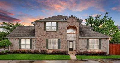 6818 Cypresswood Manor St, Spring, TX 77379