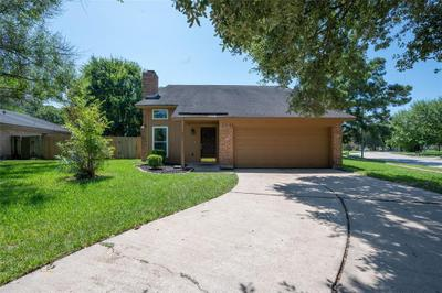 7023 Windy Pines Dr, Spring, TX 77379