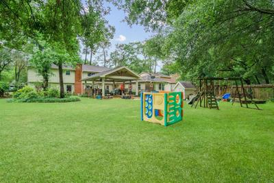 7714 Theisswood Rd, Spring, TX 77379