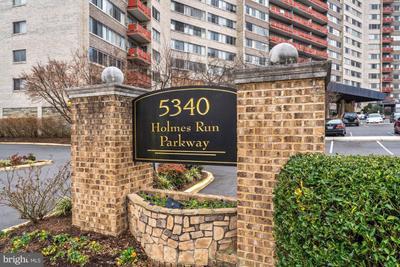 5340 Holmes Run Pkwy #718, Alexandria, VA 22304