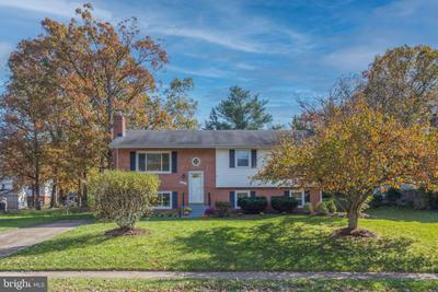 14813 Wood Home Rd, Centreville, VA 20120
