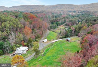 496 Frenchman Pond Rd, Fort Valley, VA 22652