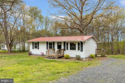 1468 Harris Creek Rd, Louisa, VA 23093