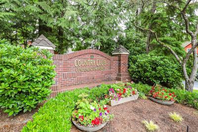 15433 Country Club Dr #B302, Mill Creek, WA 98012