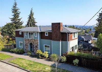 501 N 72nd St, Seattle, WA 98103