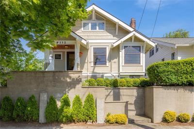 6112 Greenwood Ave N, Seattle, WA 98103