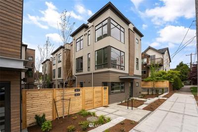 6317 9th Ave Ne #A, Seattle, WA 98115