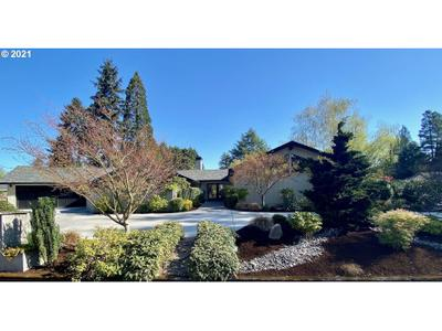 609 Rhododendron Dr, Vancouver, WA 98661