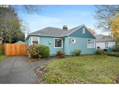 613 Nw 45th St, Vancouver, WA 98660