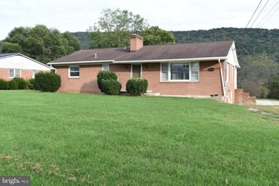 188 Maple Ave, Franklin, WV 26807
