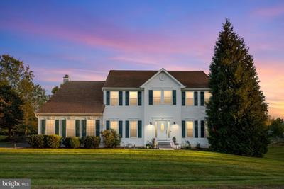 26 Coventry Ln, Harpers Ferry, WV 25425