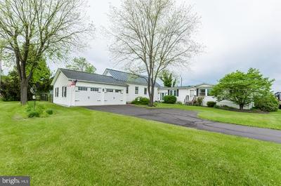 2204 Paynes Ford Rd, Martinsburg, WV 25405