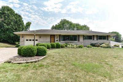 6609 Manchester Dr, Greendale, WI 53129