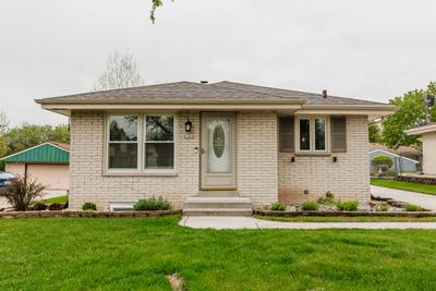 4386 S 37th St, Greenfield, WI 53221