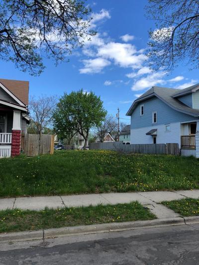 2866 N 36th St, Milwaukee, WI 53210