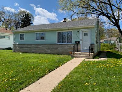 8050 W Grantosa Dr, Milwaukee, WI 53218